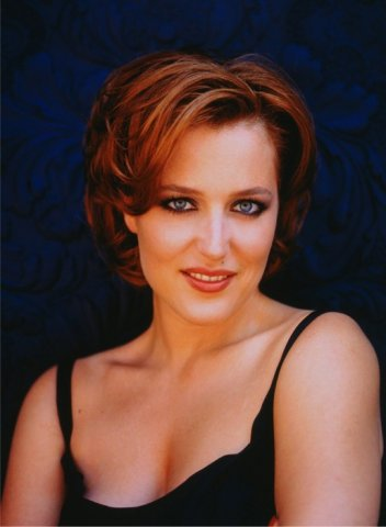 Photo sexy et hot de la charmante Gilliam Anderson (Dana Scully dans X-Files).